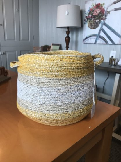 YELLOW AND WHITE BASKET 1