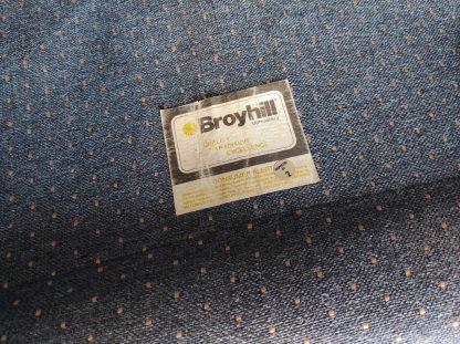 BROYHILL LOVE SEAT 3