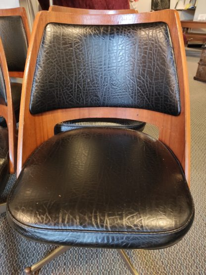 4 MIDCENTURY MODERN BLACK LEATHER CHAIRS 2