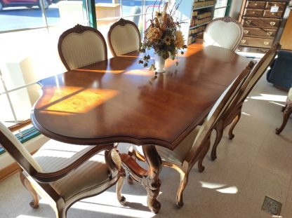 CENTURY DINING TABLE 1