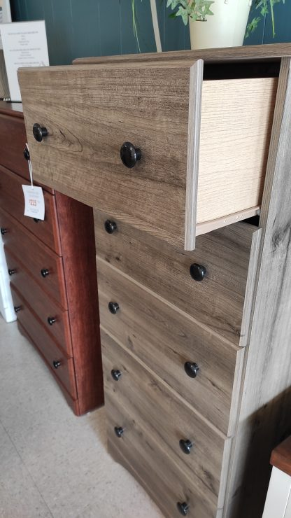 WEATHERED GRAY CHEST OF DRAWERS 2