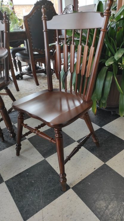 DROP LEAF FORMICA TOP TABLE W/ 4 CHAIRS 4