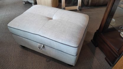 NEW! CLOUD GRAY SECTIONAL & STORAGE OTTOMAN 3