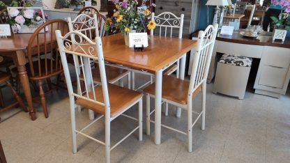 """36"""" SQUARE OAK TABLE W/ 4 METAL CHAIRS 4"""
