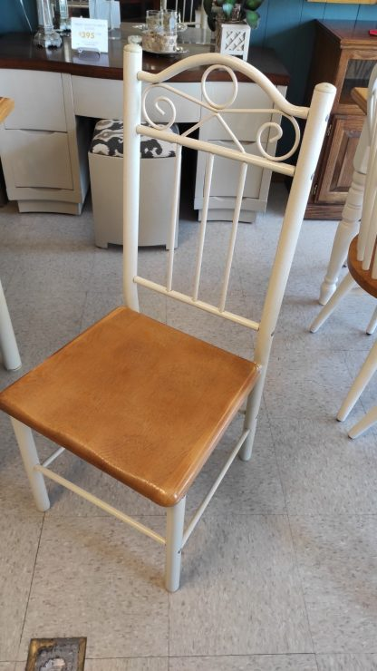 """36"""" SQUARE OAK TABLE W/ 4 METAL CHAIRS 2"""