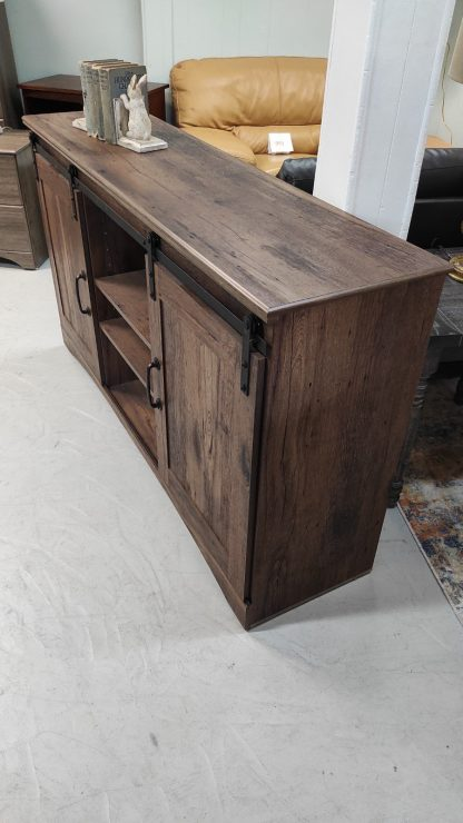 NEW! RUSTIC OAK BARN DOOR TV STAND 4