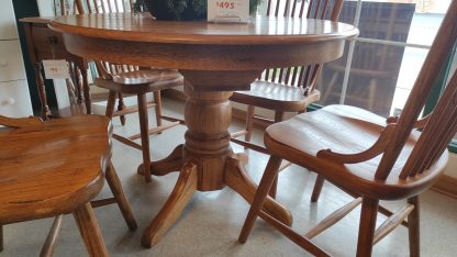 OAK PEDESTAL TABLE: 4 CHAIRS + 1 BOARD 2